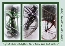 Drie fietsen in de sneeuw (Ansichtkaart, groot)